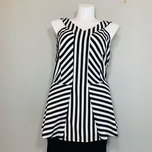 TORRID BLACK AND WHITE STRIPED TOP
